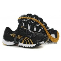 2010 Puma Running Shoes In Black/Gold Authentic